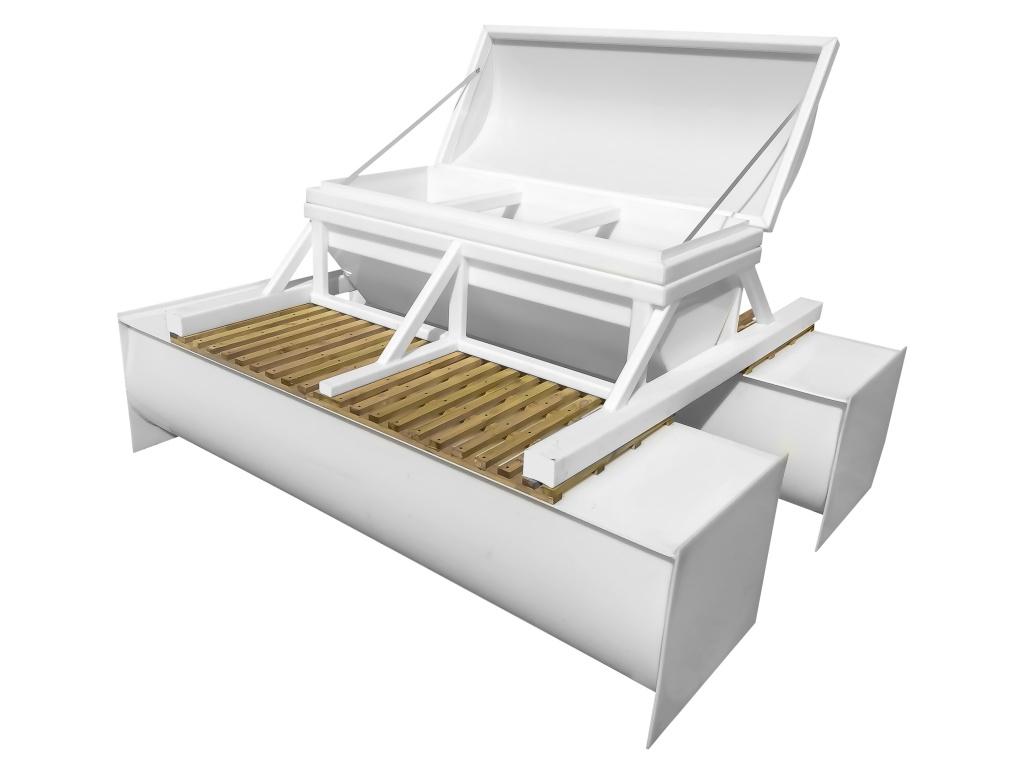 Кормушка для пруда Салмо-корм 380 — крышка открыта для загрузки корма